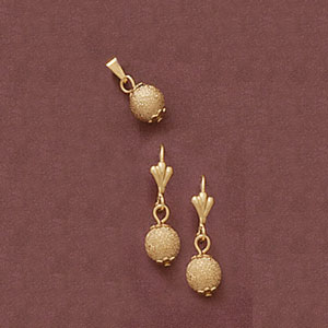 Satin Finish Ball Pendant And Earring Set at www.SunshineJewelry.com